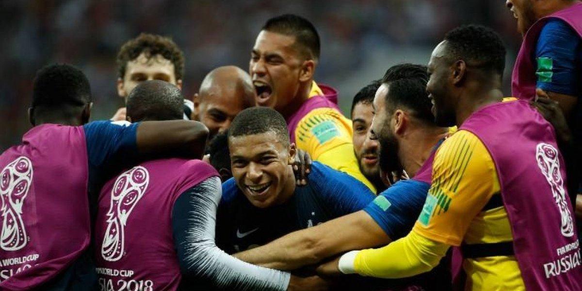 Francia bebe su Copa más dulce en Rusia