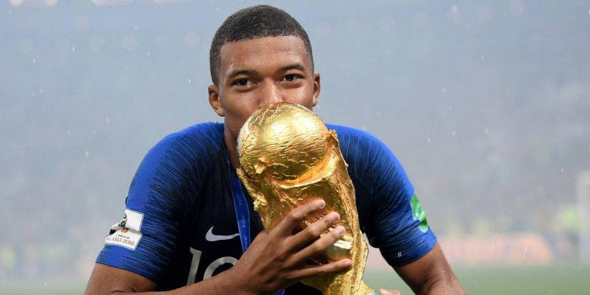 """Pelé se rinde a su sucesor Mbappé: """"Tienes el estilo de un futbolista latino, de un brasileño"""""""