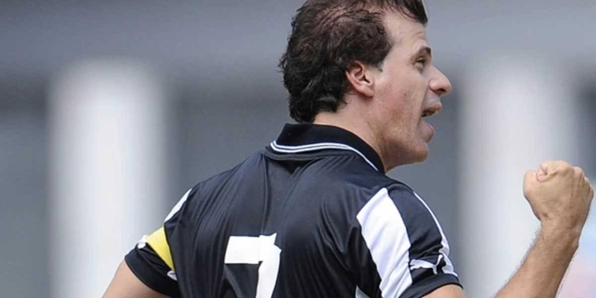 Túlio é regularizado e volta ao futebol profissional aos 49 anos