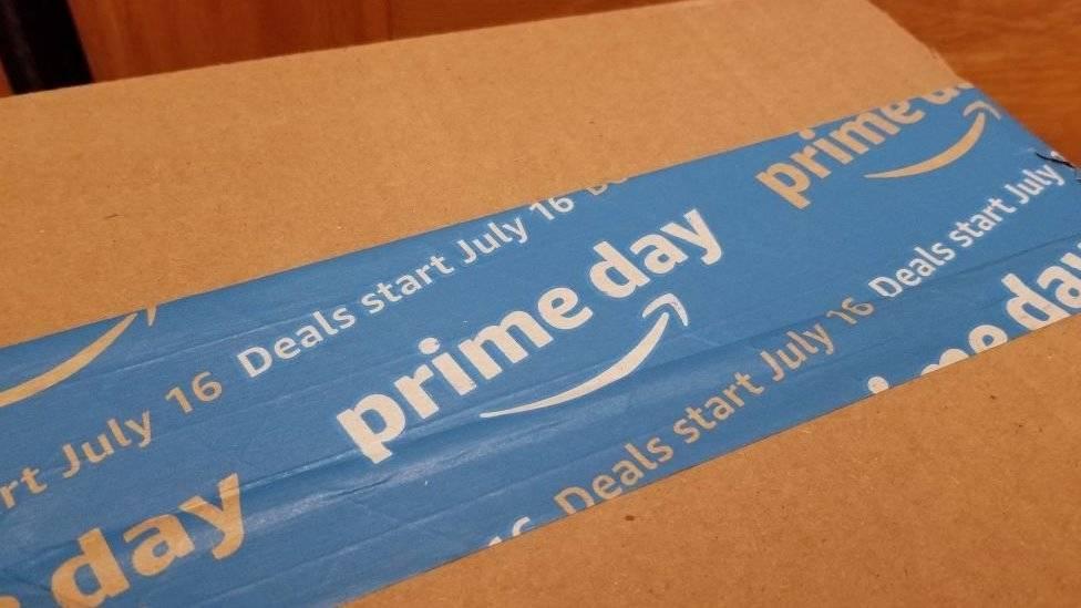 Trabajadores se van a huelga en el Amazon prime day
