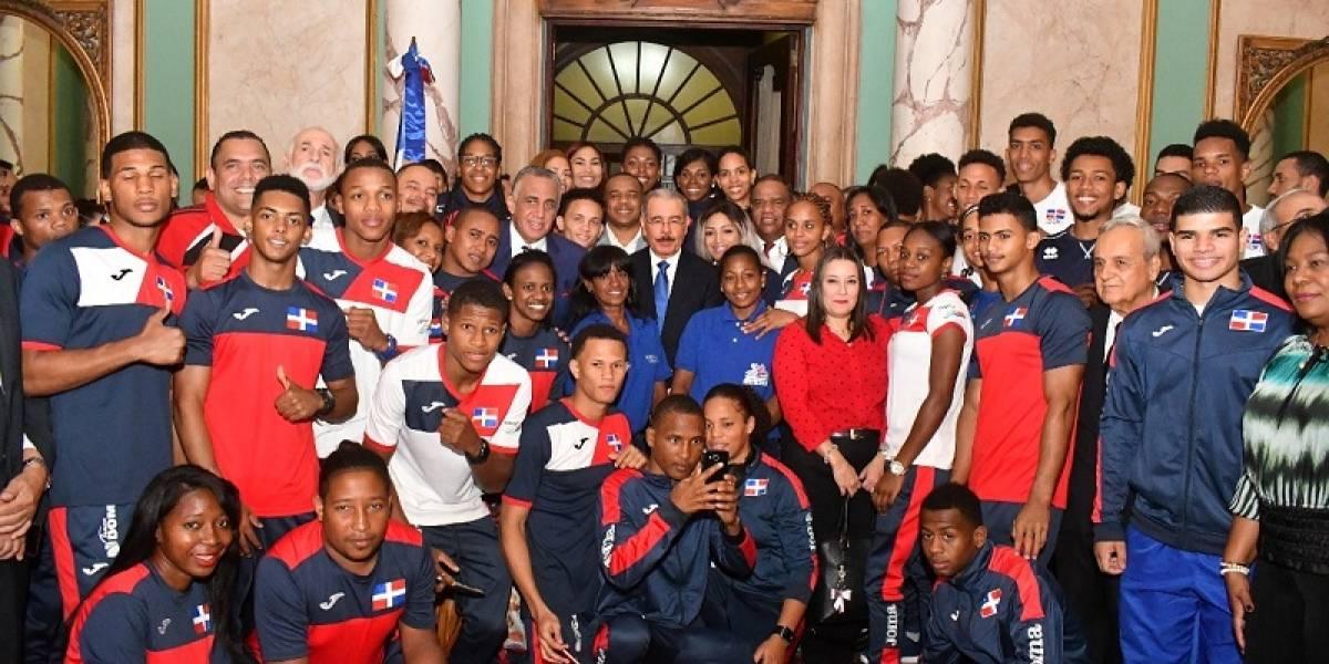 Atletas RD listos para la partida a Barranquilla