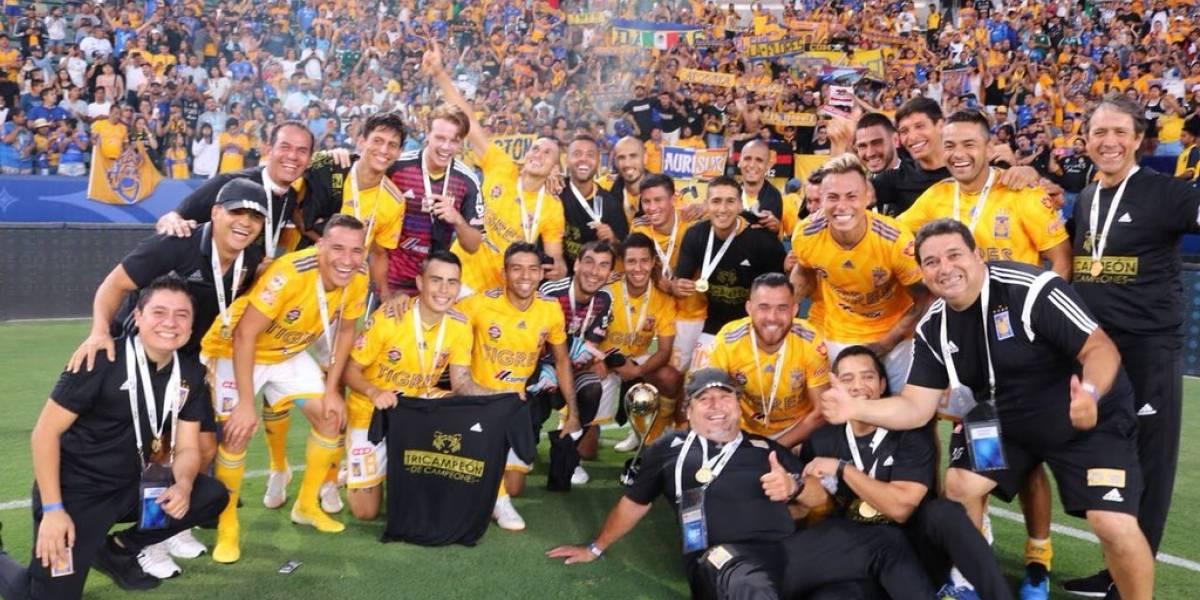 Eduardo Vargas es campeón de campeones en México junto a Tigres