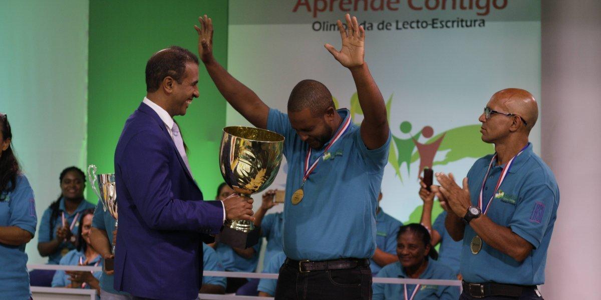 """Concluye """"Primera Olimpiada Nacional de Lectoescritura"""""""
