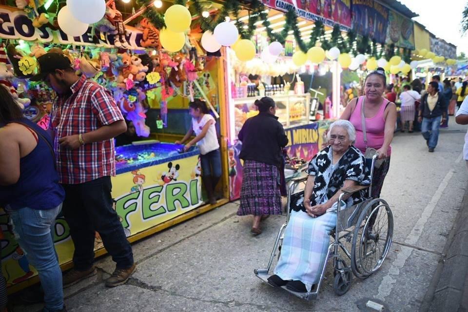 Feria Cerrito del Carmen Fotos: Edwin Bercián