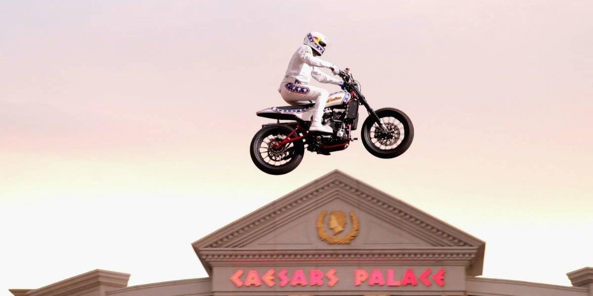 Indian Motorcycle homenajea las acrobacias de Evel Knievel