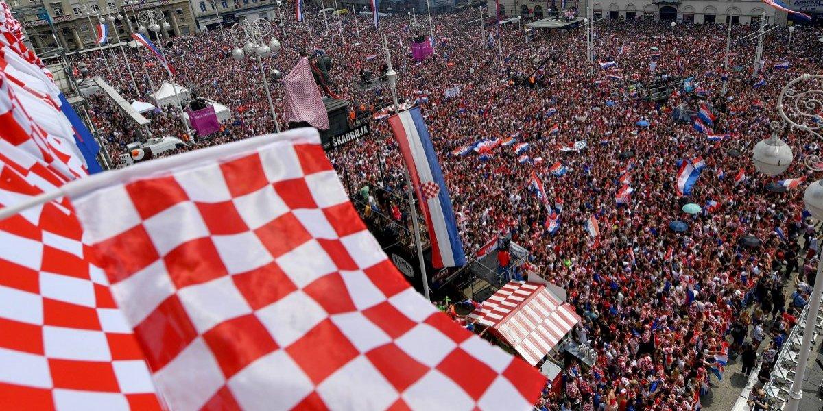 Video. Zagreb se tiñe de rojo y blanco para honrar a sus héroes