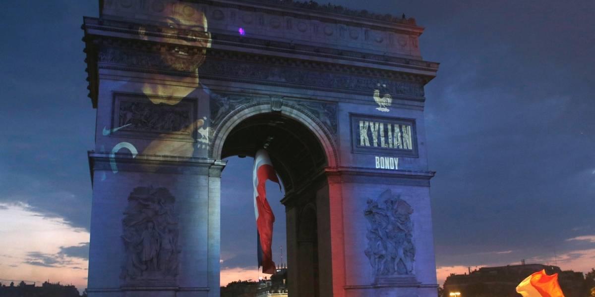 La victoria en el Mundial anima a una conflictiva Francia