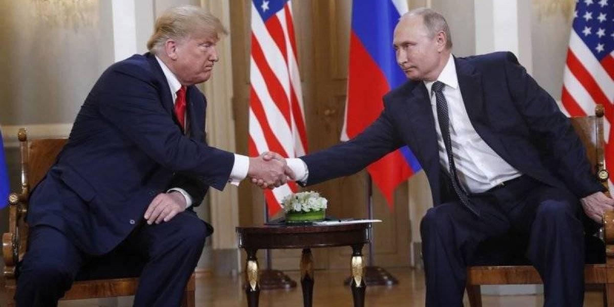 Trump y Putin se reúnen para su esperada primera cumbre bilateral
