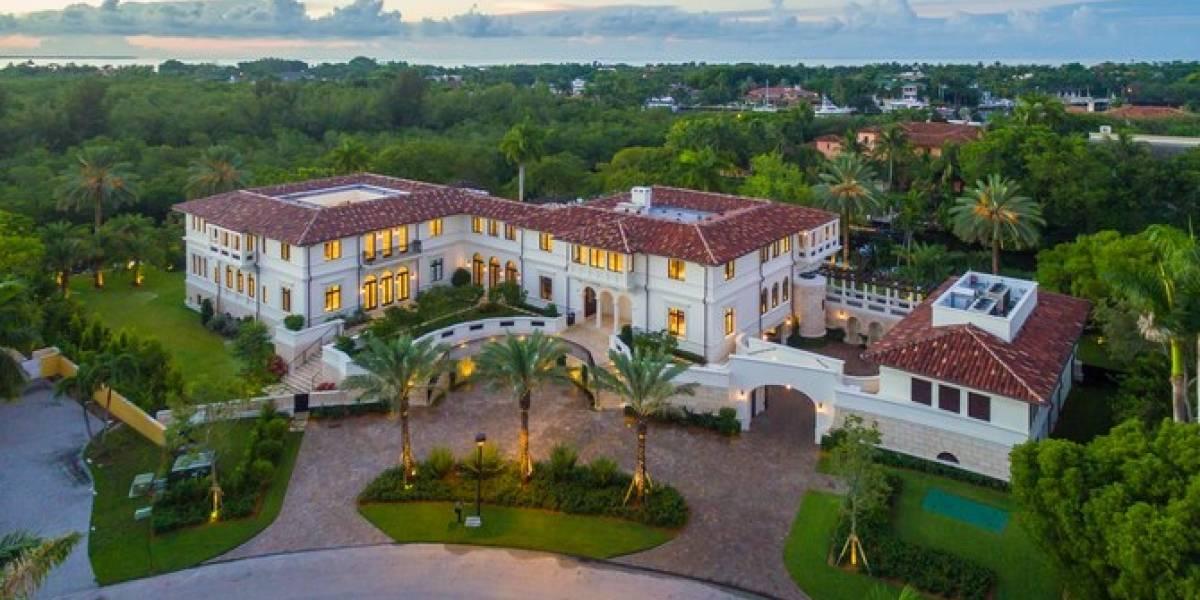 Esta es la mansión que Marc Anthony le compró a la familia Bacardí y que está cerca de la de Jennifer López