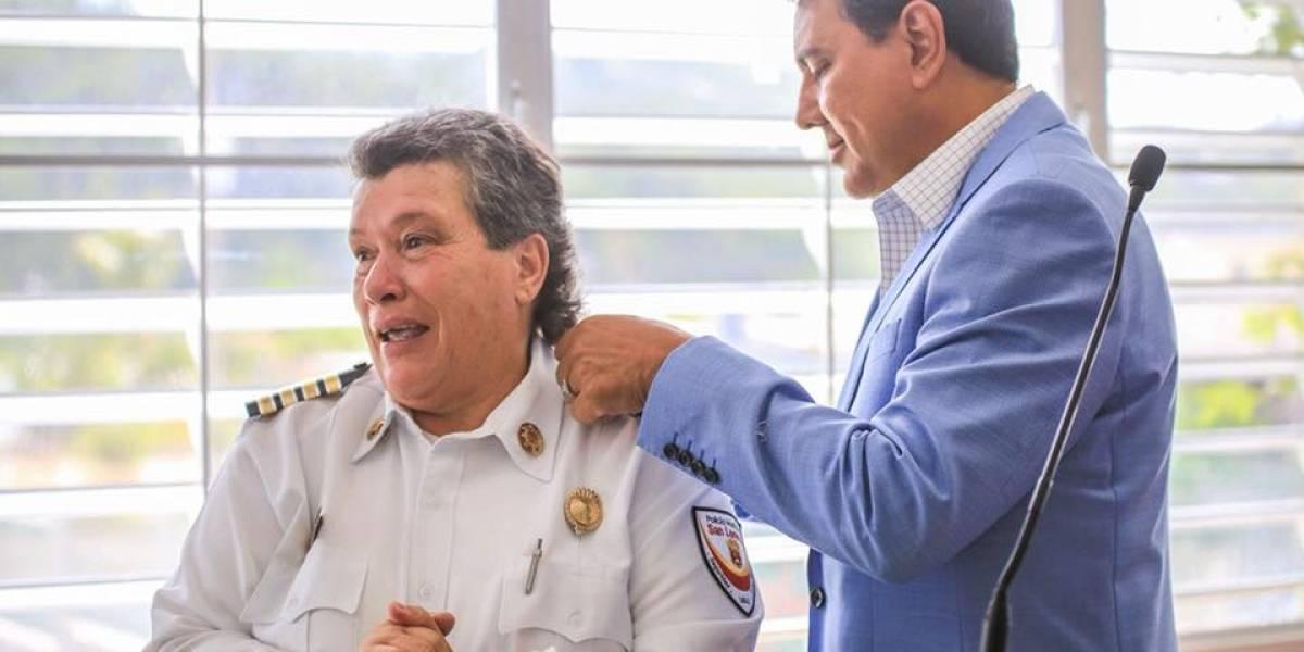 Conoce a la primera mujer en ostentar rango de inspectora en policía municipal de San Lorenzo