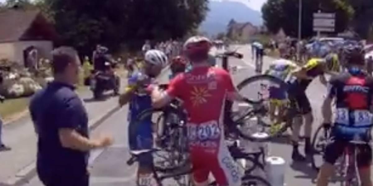 Tour de Francia: Fernando Gaviria se cayó antes del inicio de la etapa