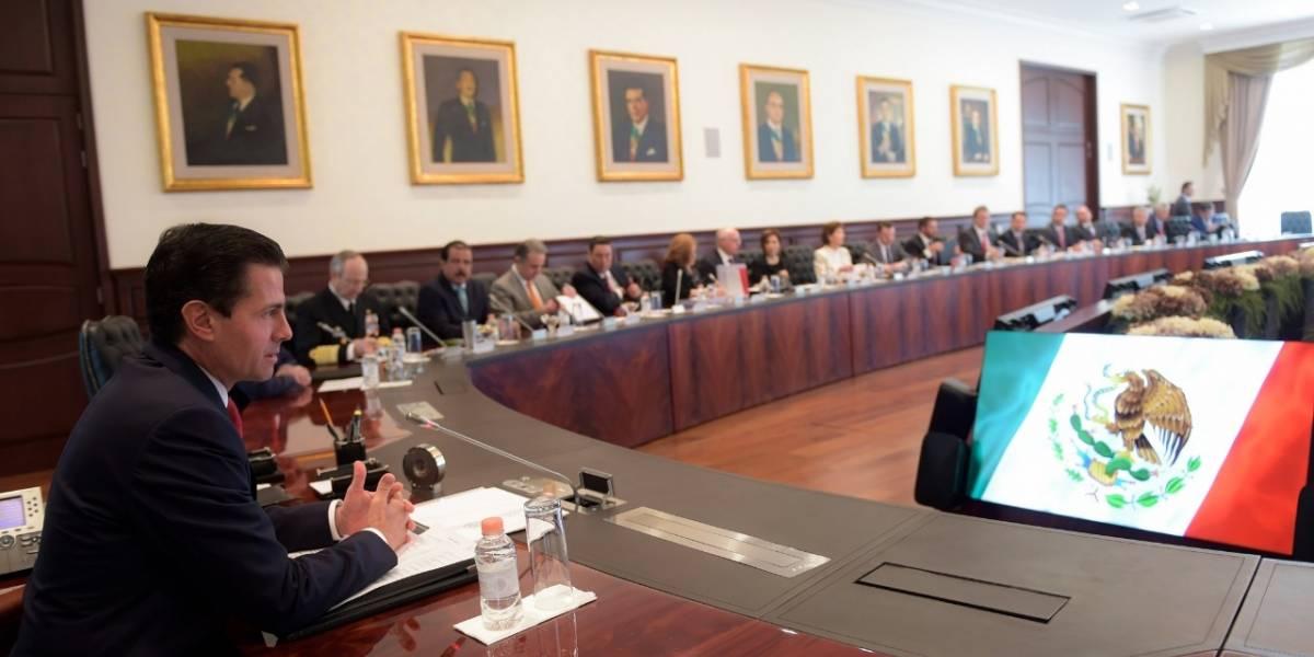 Peña Nieto evalúa con su gabinete los compromisos de su gobierno