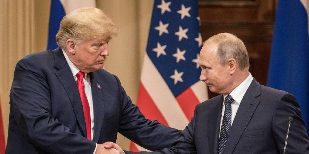 Analista: Un presidente de EEUU que se somete a la voluntad de un líder ruso no tiene precedentes