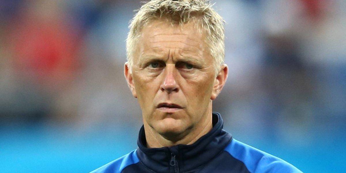 Renuncia técnico que clasificó a Islandia a su primer Mundial