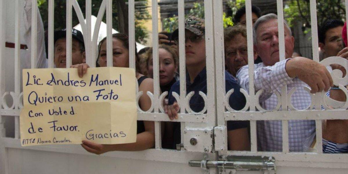 #Política Confidencial Solicitudes desbordan casa de AMLO