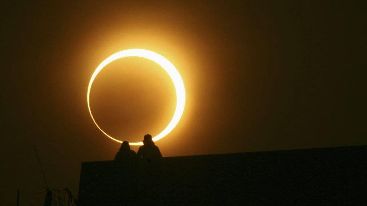 """José Maza:""""todas las personas estamos convocadas a sentir y a vivir la experiencia muy linda de un eclipse de sol"""""""