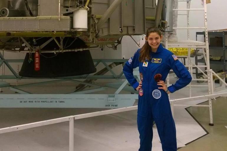 Alyssa Carson la adolescente de 17 años que podría estar entre las primeras personas en pisar Marte