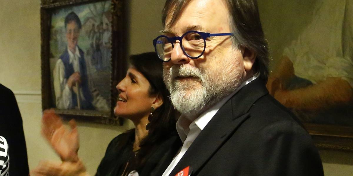 Solicitan a Sebastián Piñera la salida del presidente del directorio de TVN por investigación a Jaime De Aguirre