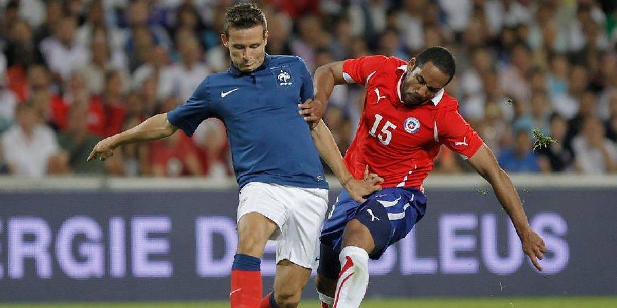 """De integración, fútbol y el """"Chile que sueño"""": la potente defensa de Beausejour al Francia multicultural que ganó el Mundial"""