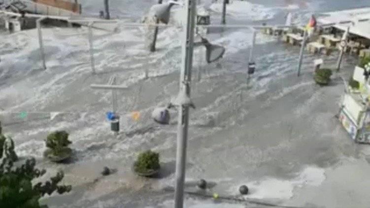 pequeños tsunamis