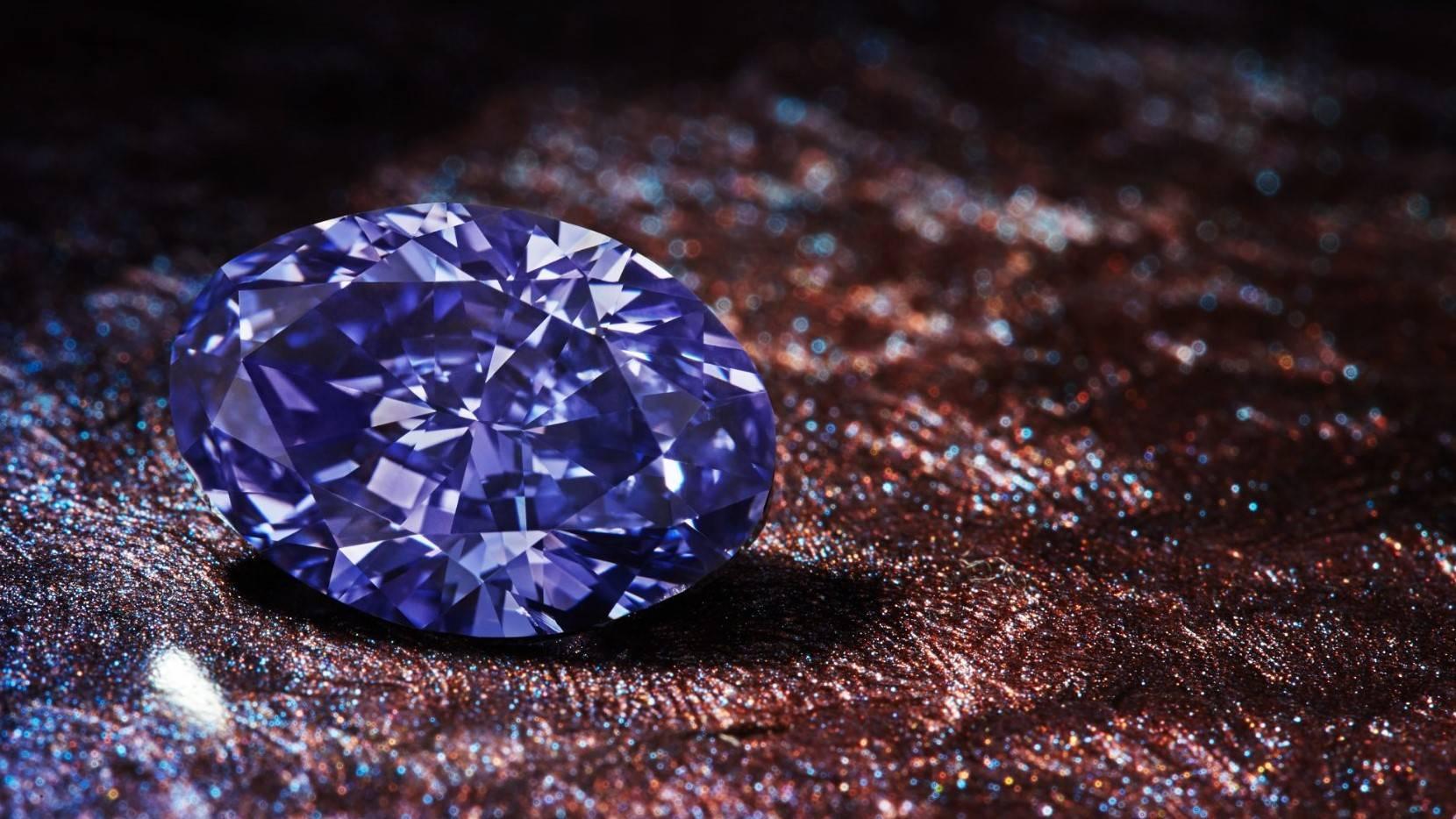 Hallan millones de toneladas de diamantes bajo la superficie terrestre