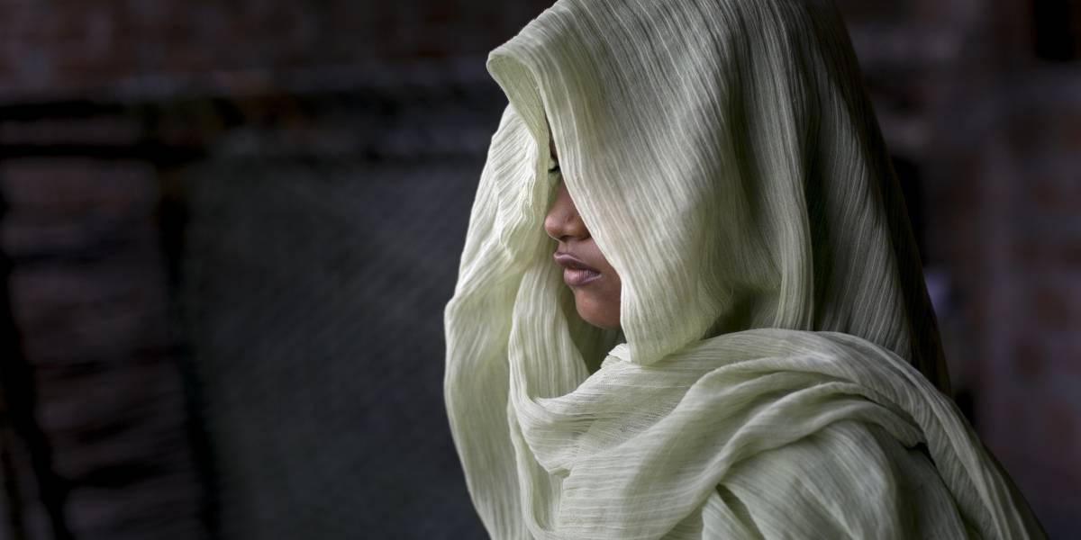 18 hombres violaron a una nena de 11 años — Horror en India