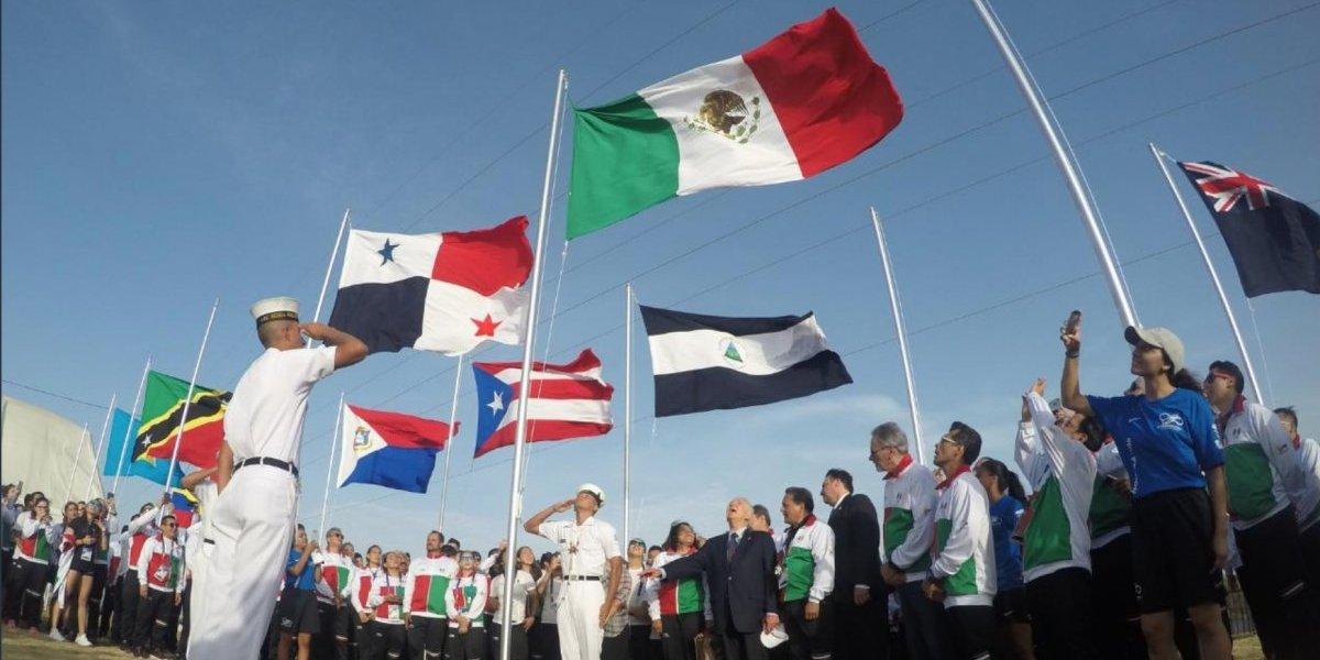 Bandera de México ya ondea en Barranquilla 2018