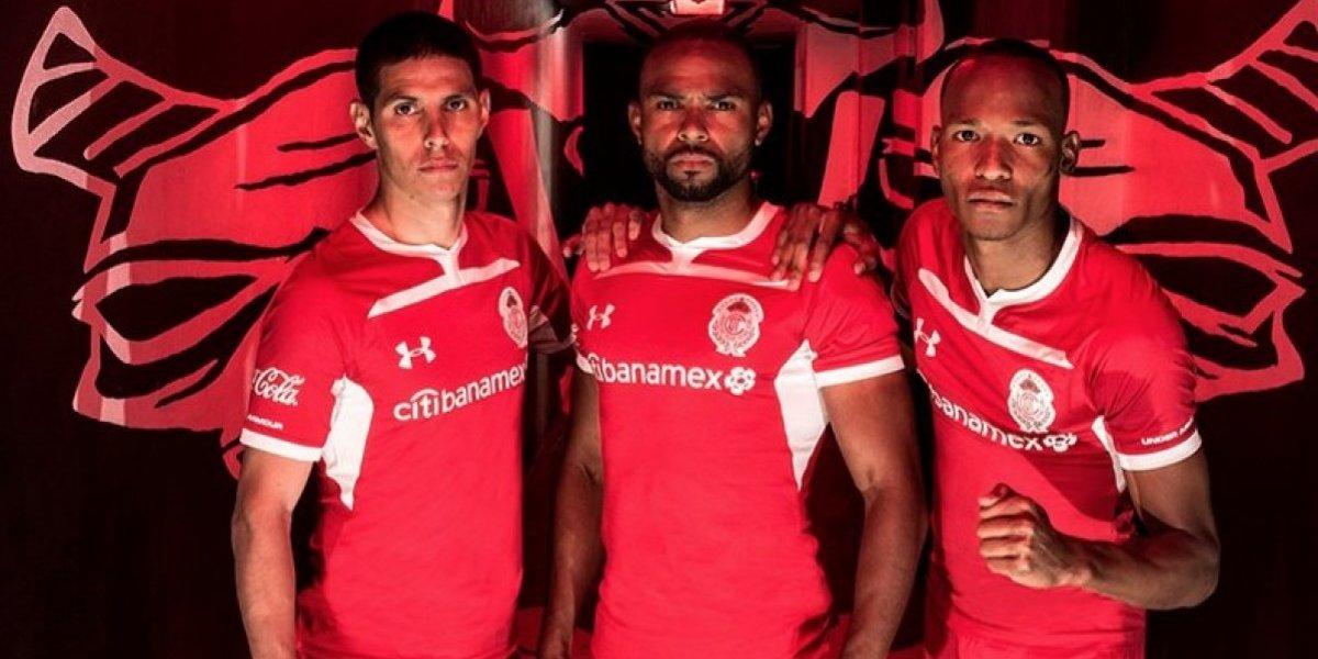 Toluca presenta nuevo uniforme para el AP18
