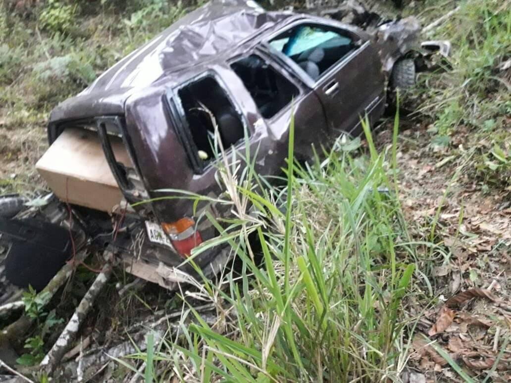 Dos fallecidos y tres heridos tras un accidente de tránsito en Piñas Cortesía