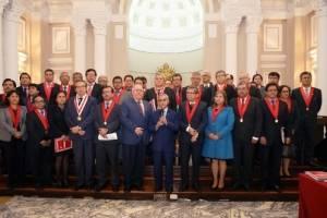 https://www.publinews.gt/gt/noticias/2018/07/19/presidente-corte-suprema-peruana-renuncia-medio-escandalo-audios.html
