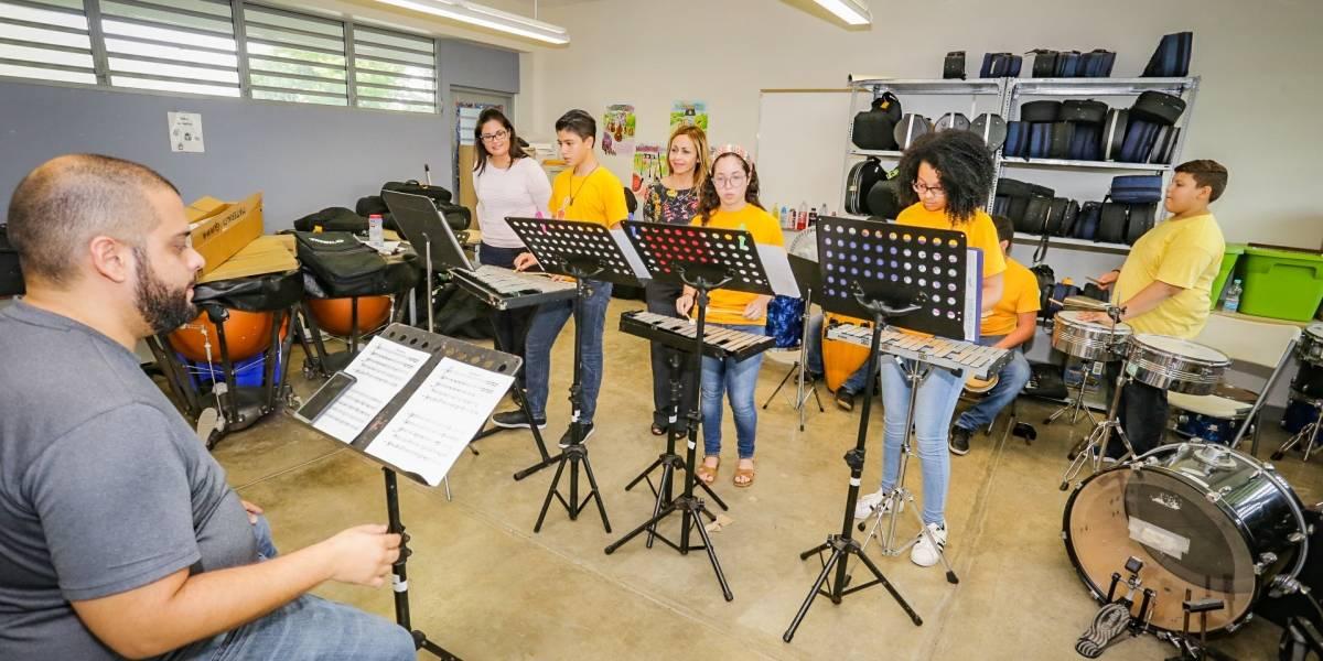 FirstBank promueve el desarrollo musical