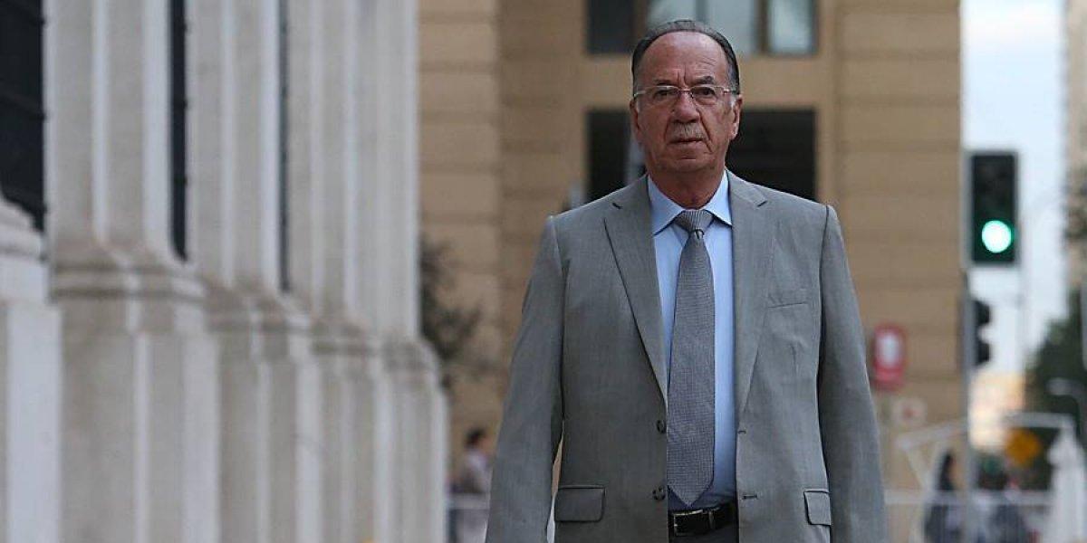 "Diputado José Pérez desata nueva polémica: de la ""corbata"" de Jaime Bassa al argumento ""machista"" por la renuncia de gobernadora de Biobío"