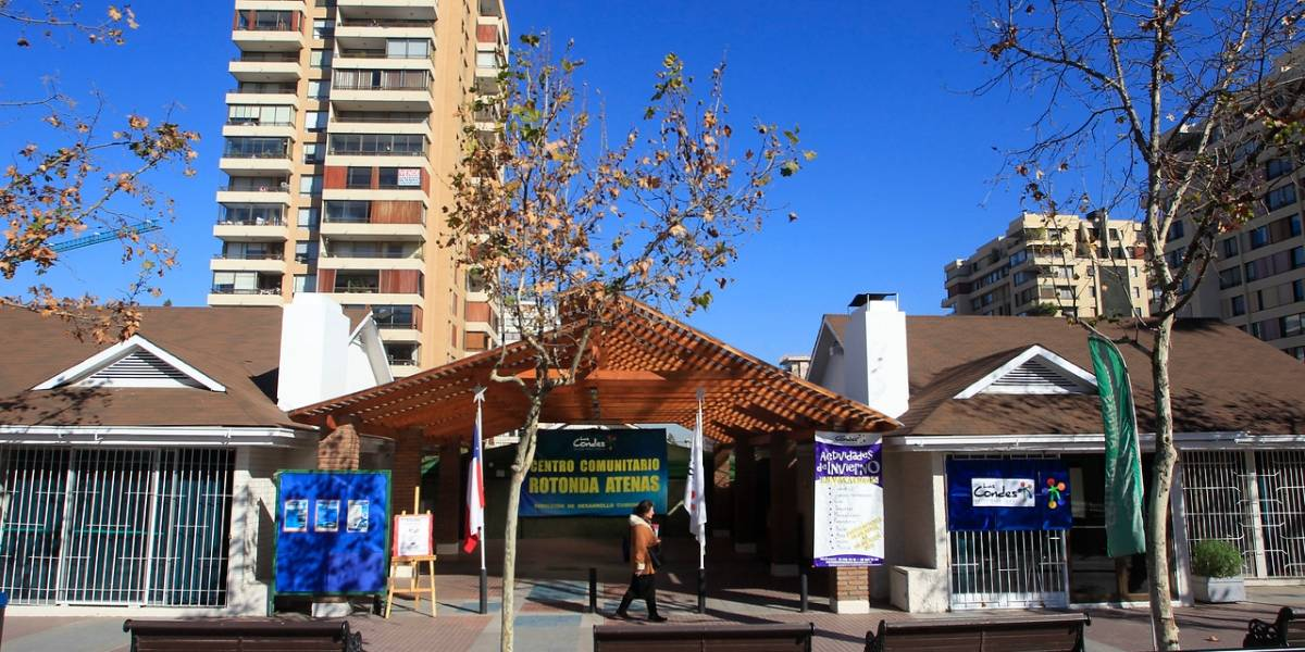 Se zanjó en Las Condes: solo 5 de los 85 departamentos en las viviendas sociales podrán ser usados por gente que no es de la comuna