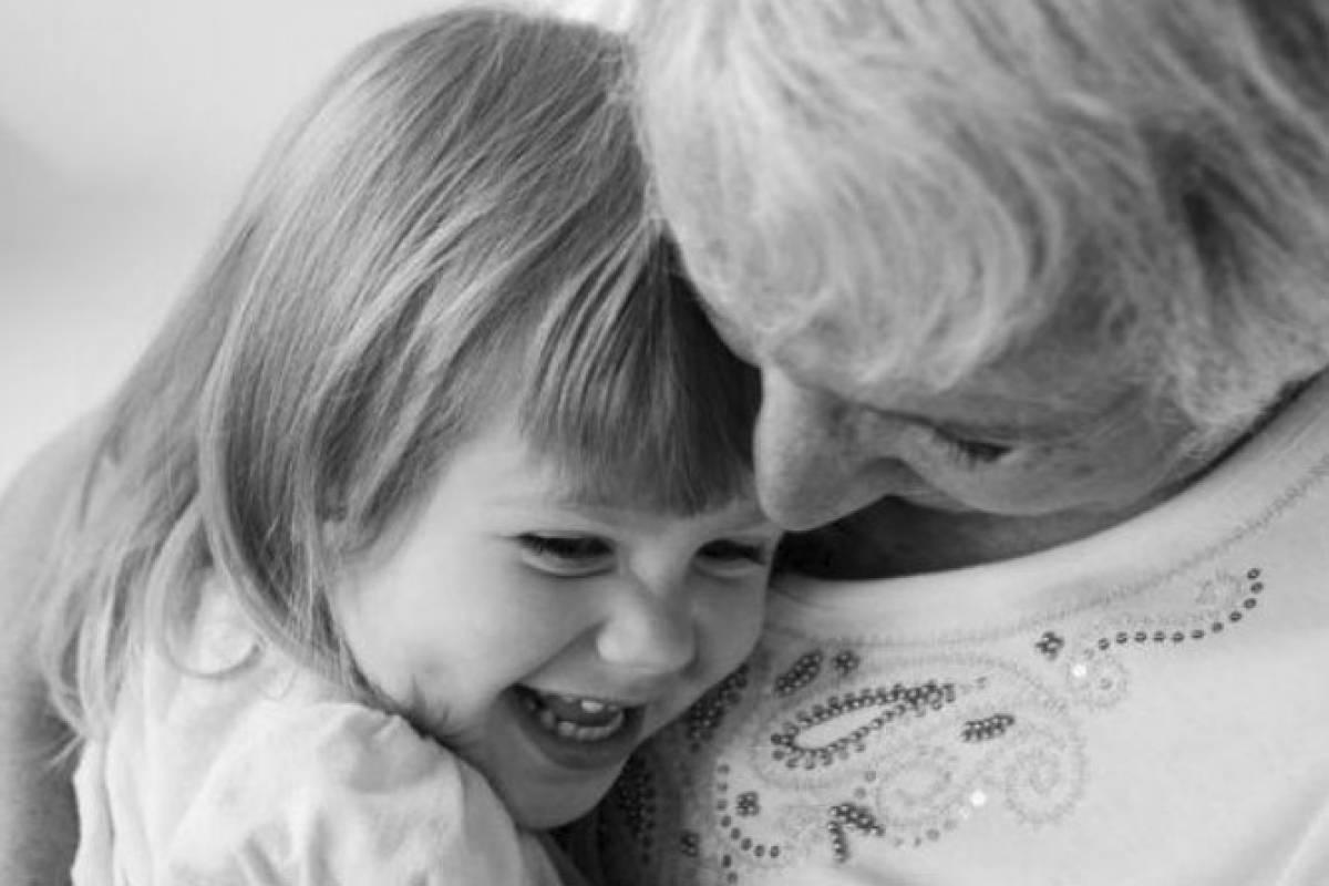 Resultado de imagen para Los hijos heredan más la genética de la abuela materna