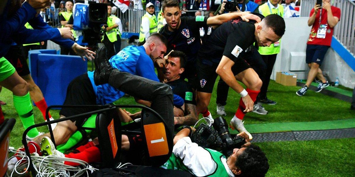El aplastado fotógrafo del Mundial fue invitado a Croacia a pasar sus vacaciones