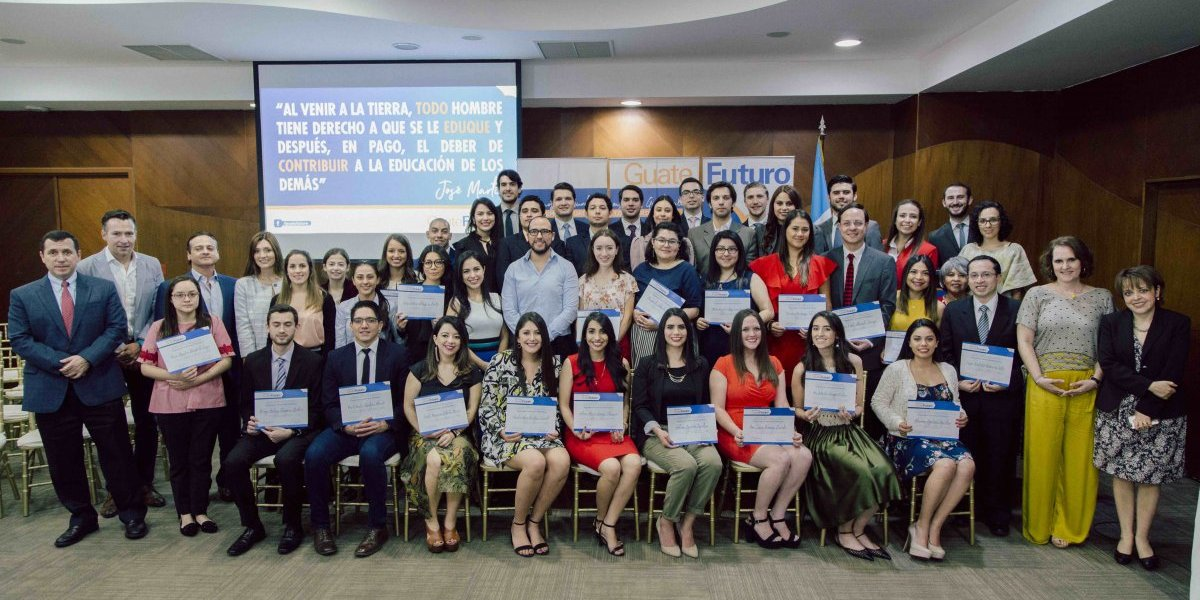 Estudiantes representarán a Guatemala en los cinco continentes