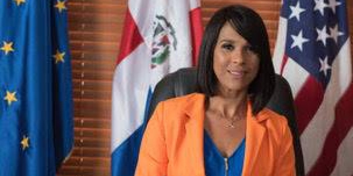 """Marisol Ramírez celebra aniversario de su programa """"VisaInfo"""""""