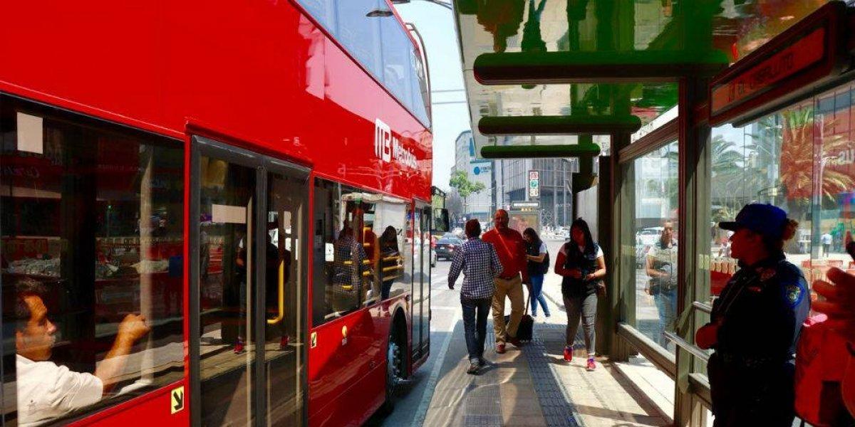 Metrobús ofrece servicio en distintos circuitos por marchas