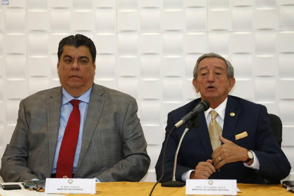 Ministro de Defensa dice que los periodistas fueron secuestrados en Colombia API