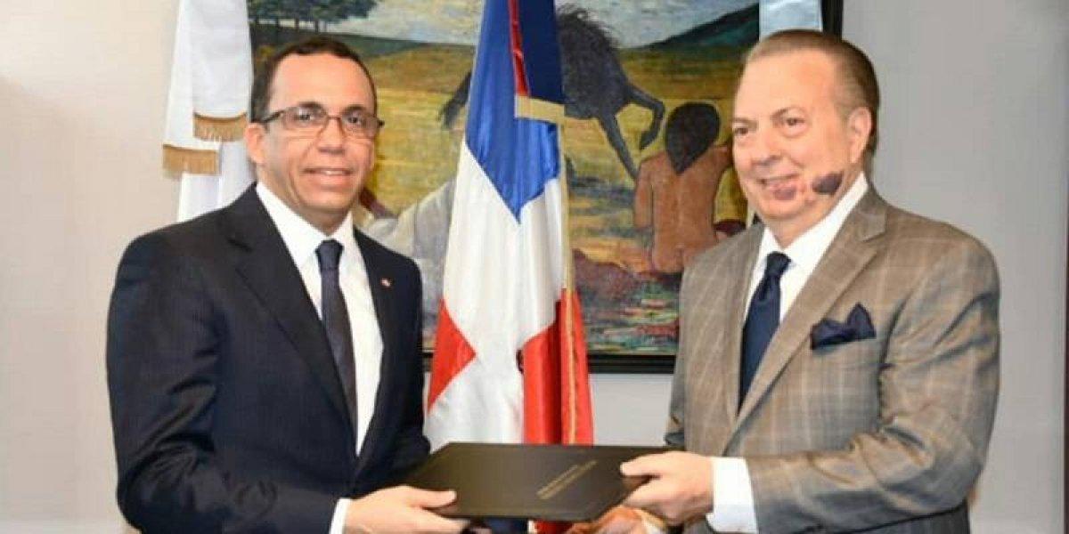 Ministerios de Cultura y Educación se unen para fortalecer la educación artística y cultural de RD