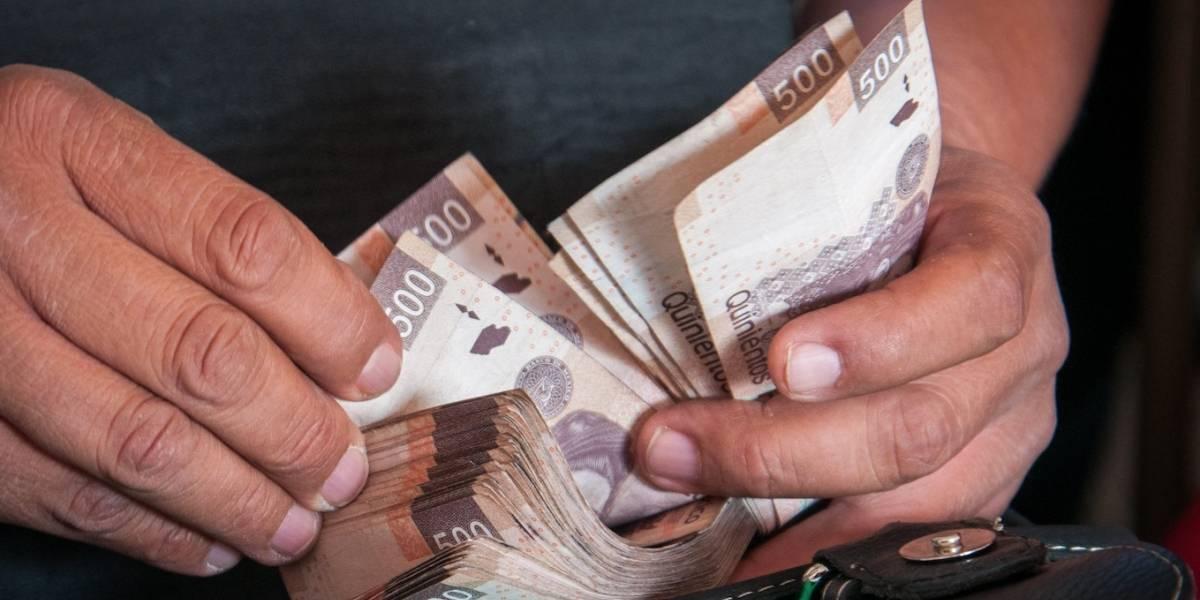 Alza salarial a burócratas previo a elección tienen fundamento legal: Hacienda