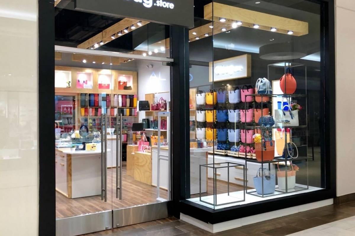 La tienda O bag está localizada en el primer nivel de Plaza Las Américas. / Foto: David Cordero Mercado