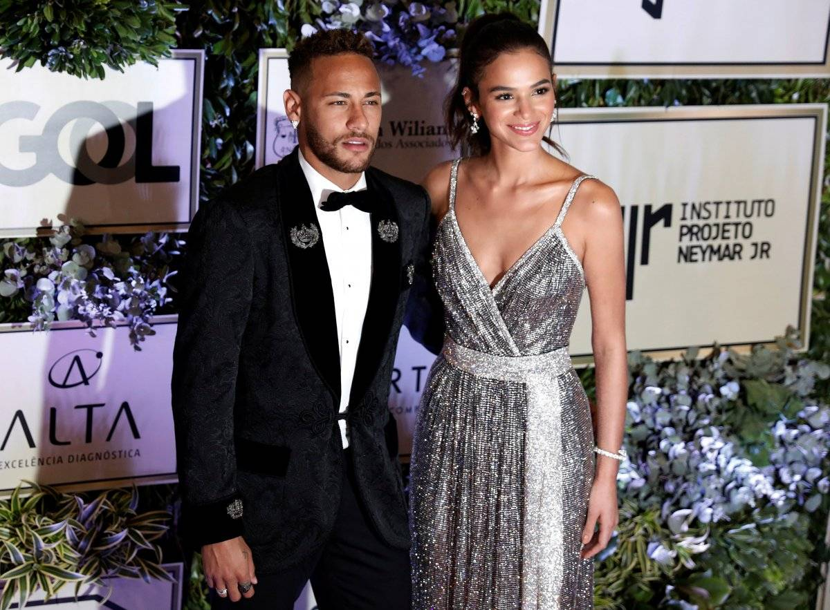 Neymar Bruna Marquezine Instituto Neymar