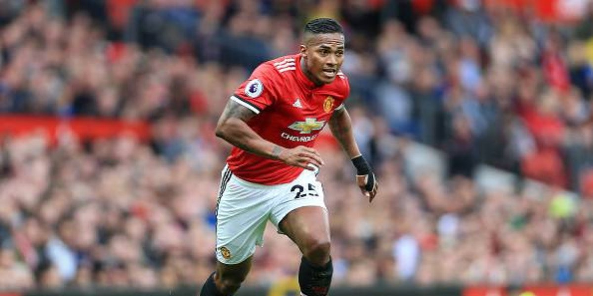 ¿Antonio Valencia ya no será el capitán del Manchester United?
