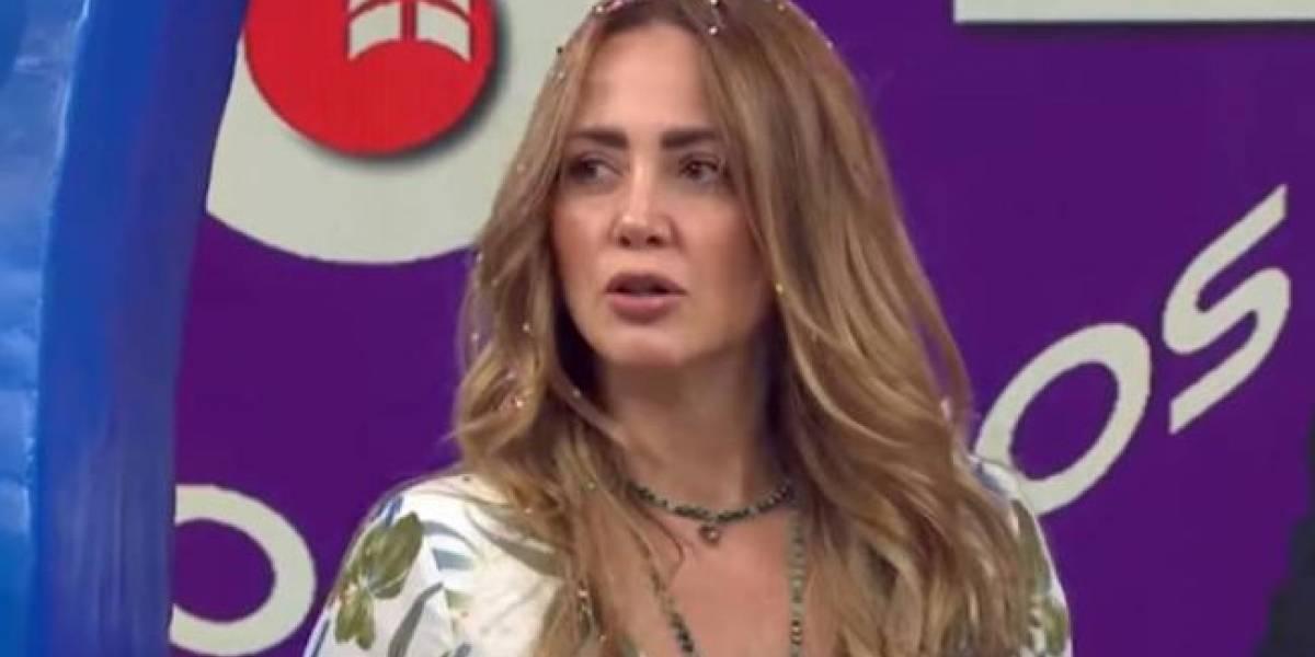 Andrea Legarreta no puede creen cuánto gana una secretaria