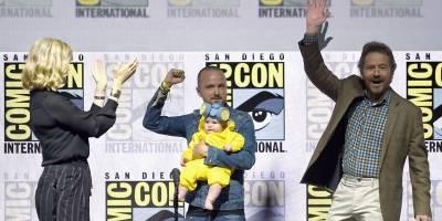 Aaron Paul com a filha, Anna Gunn e Bryan Cranston