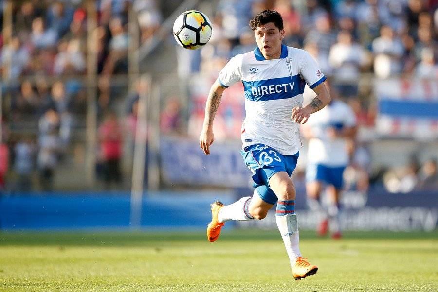 El delantero David Henríquez fue la carta juvenil de la UC en el primer semestre. Jugó 576 minutos y marcó un gol / Foto: Photosport