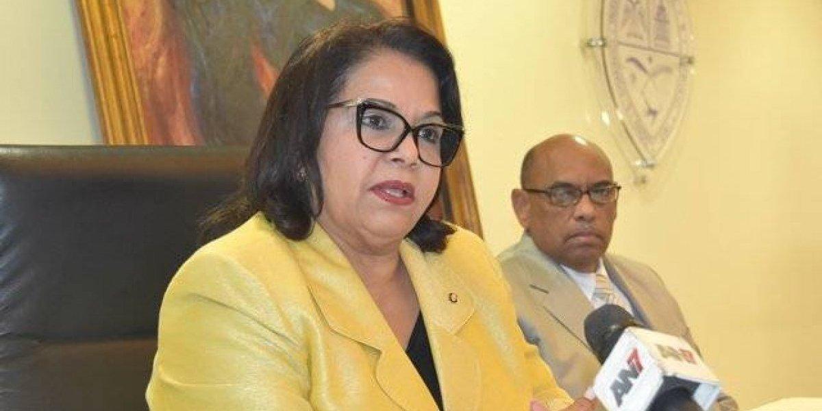 Rectora de la UASD suspende pagos por enlaces, incentivos y sobresueldos