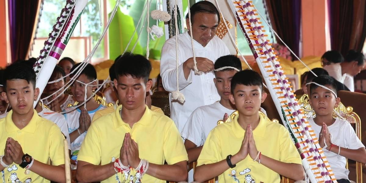 Tailandia busca control sobre películas de rescate en cueva