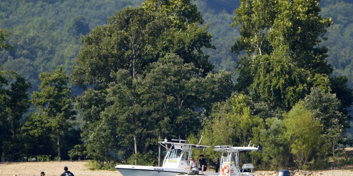 Al menos 17 muertos al naufragar un barco con turistas en un lago de EE. UU.